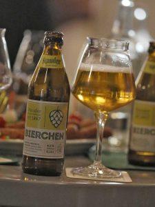 """Das neue """"Bierchen"""" von Stauder ist ein helles Vollbier. Foto: Tobias Appelt"""